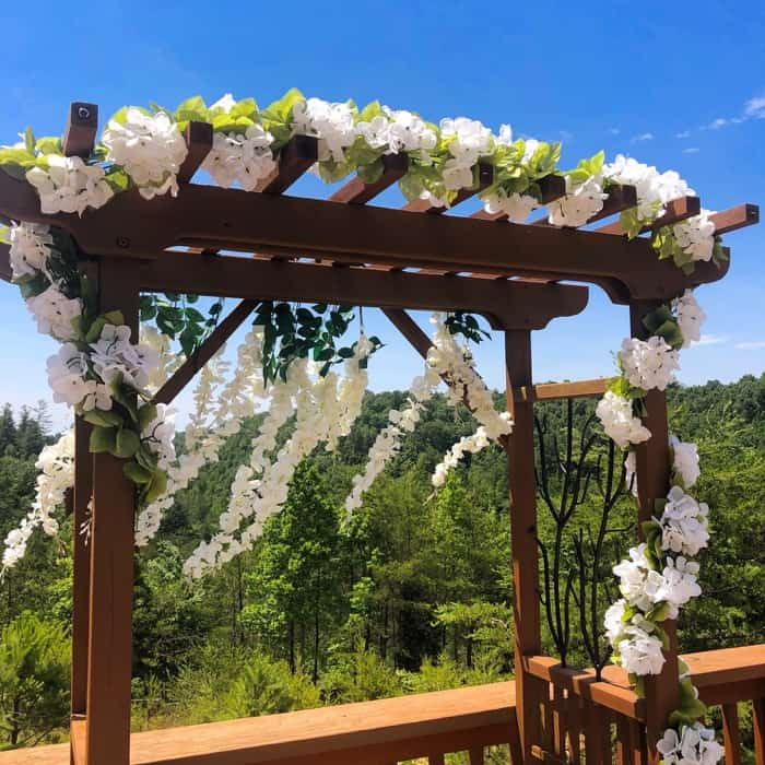 arch for weddings at Cliffview Resort