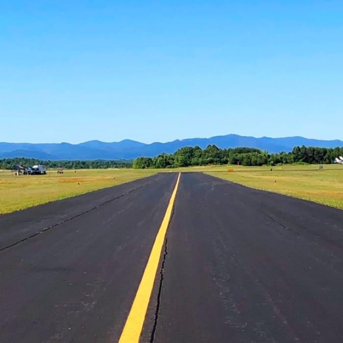 runway at Thermal Valley Hang Gliding