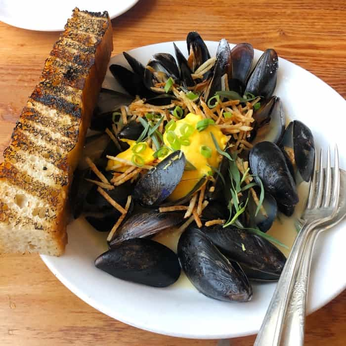 mussels at Decca restaurant in Louisville Kentucky
