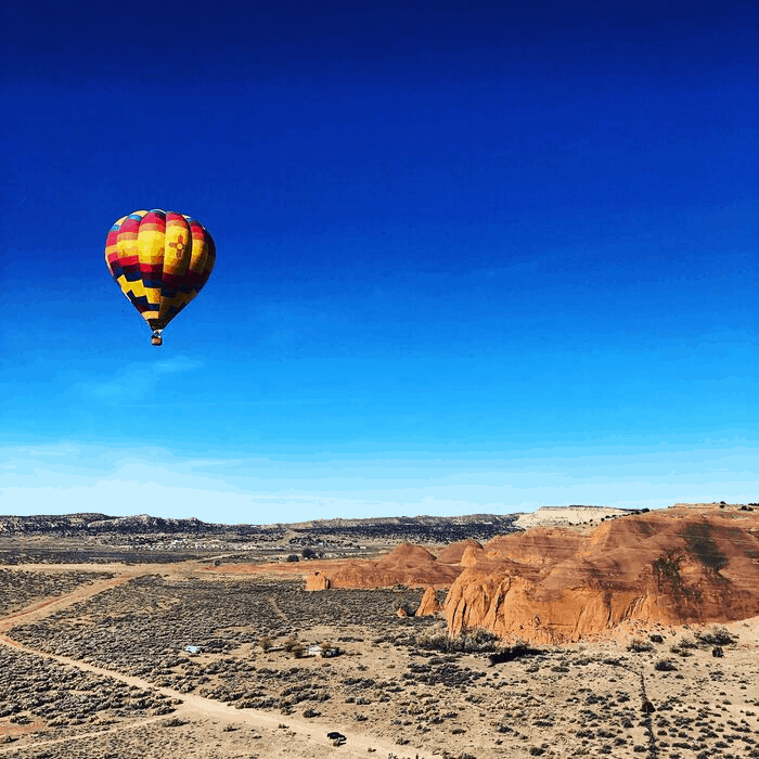 hot air balloon ride red rock park new mexico