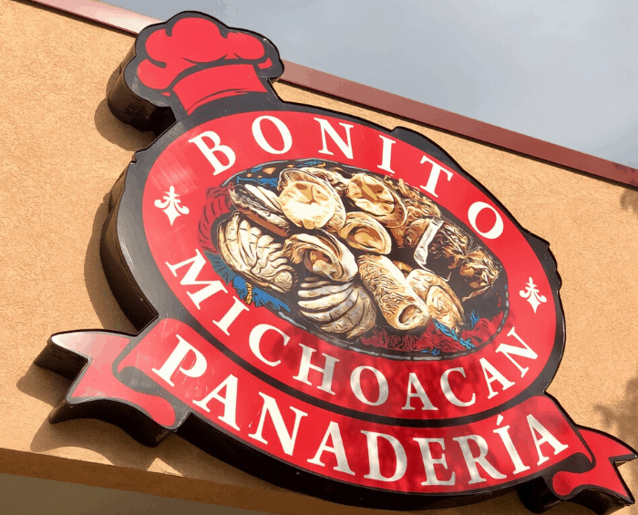 Bonito Michoacan Panaderia in Kansas City Kansas