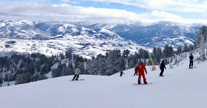 Practical tips for skiing out west for the first time