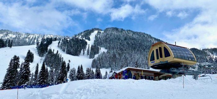 chair lift at Steven Pass ski resort