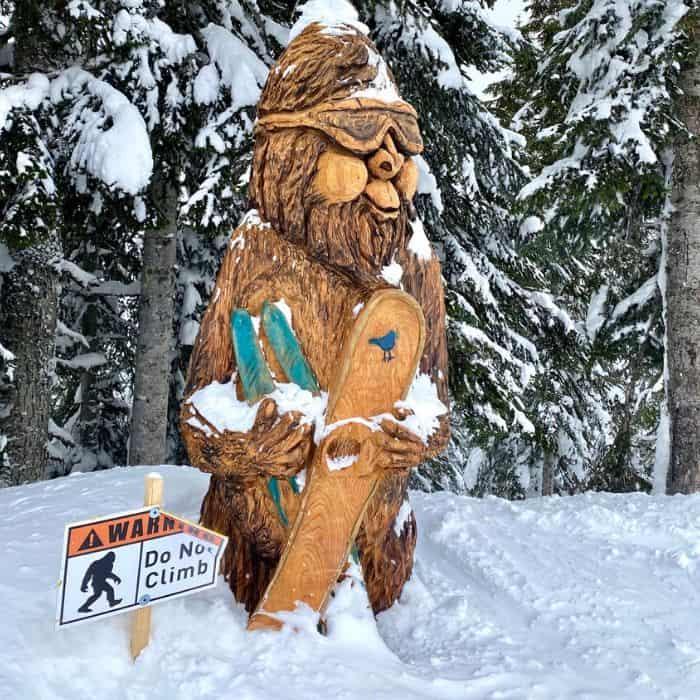 wooden sasquatch at Steven Pass ski resort