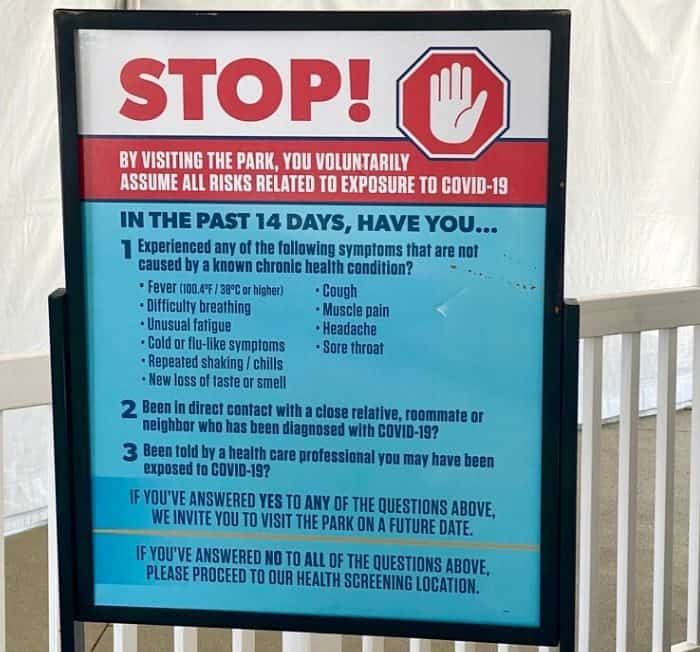 safety sign at Kings Island