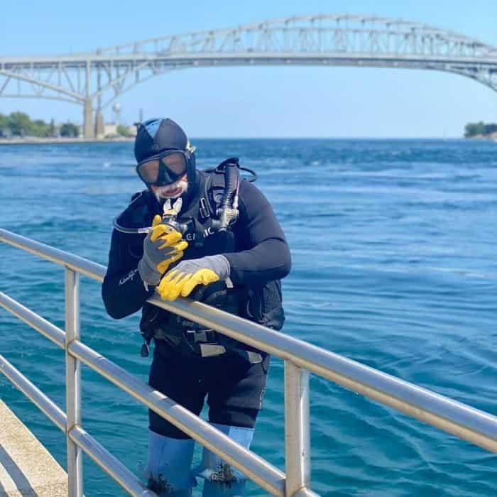 scuba diver in Port Huron