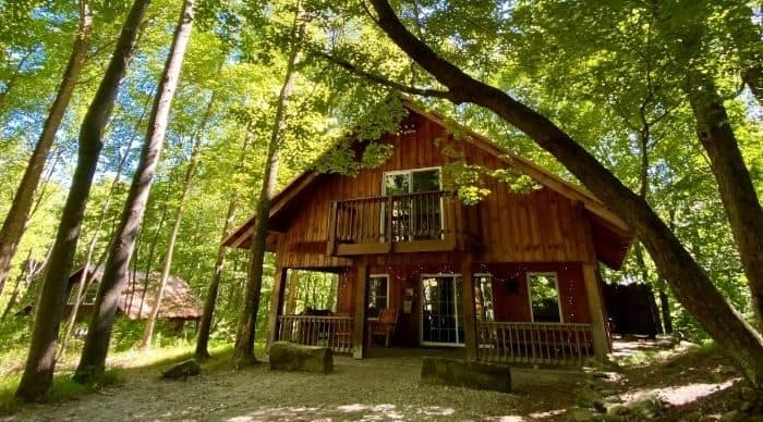 cabin rental at the Mohicans
