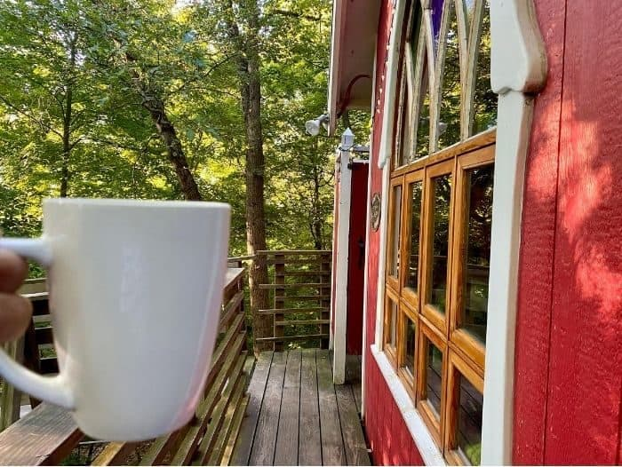 coffee at the Little Red Treehouse at the Mohicans