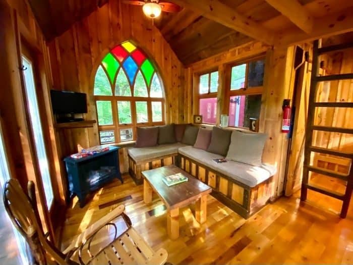 living room of the Little Red Treehouse at the Mohicans