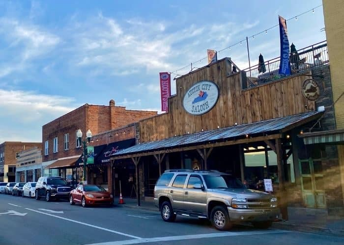 Austin City Saloon in Downtown Corbin Kentucky