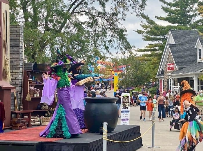 live entertainment at Kings Island Tricks and Treats Fall Fest