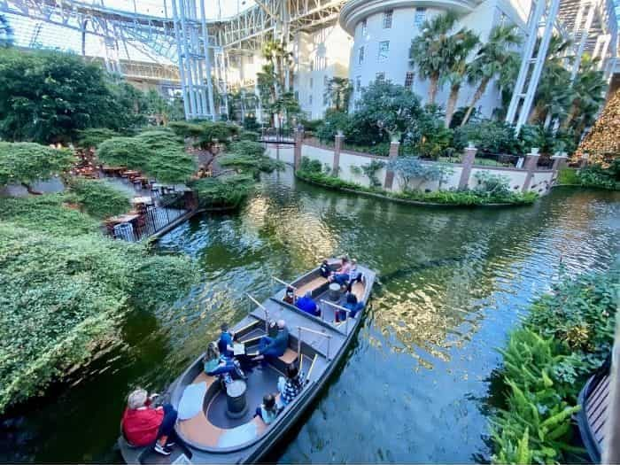 Delta Riverboat ride at Gaylord Opryland Resort