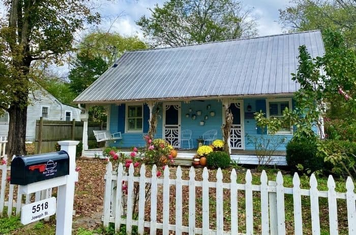 Pot N' Kettle Cottages in Leipers Fork TN