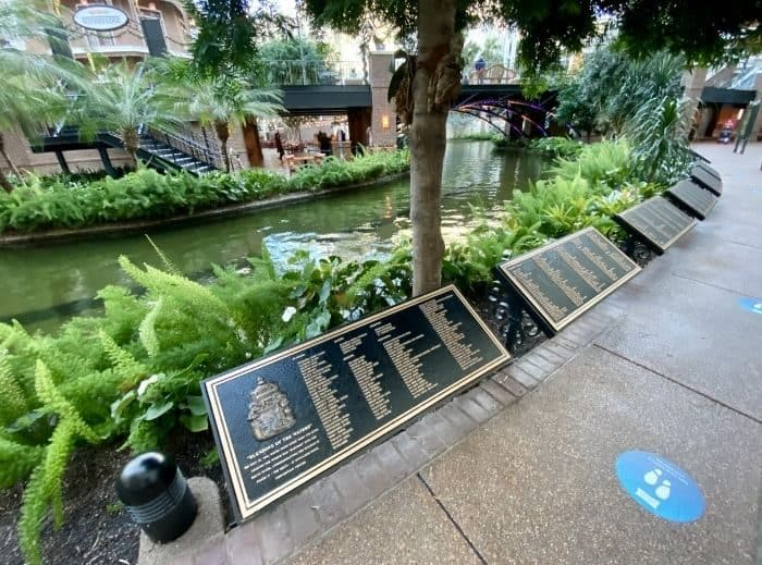 rivers that contributed to the Delta River in the Gaylord Opryland Hotel