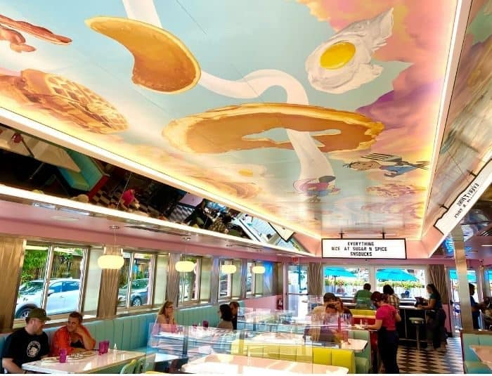 inside Sugar n' Spice Diner in Cincinnati