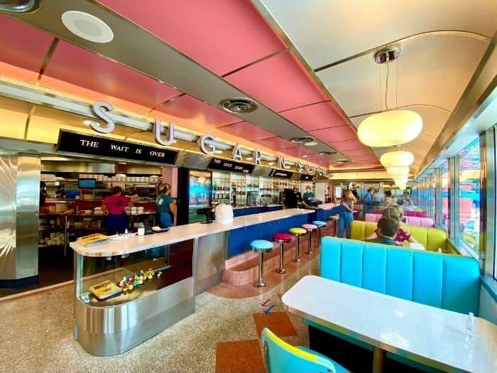 inside Sugar n' Spice Diner in Cincinnati