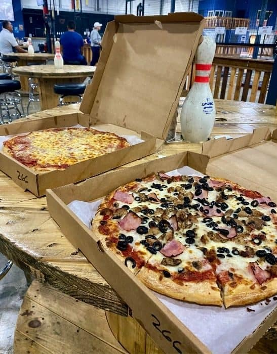 Italianette Pizza delivered to Fowling Warehouse Cincinnati