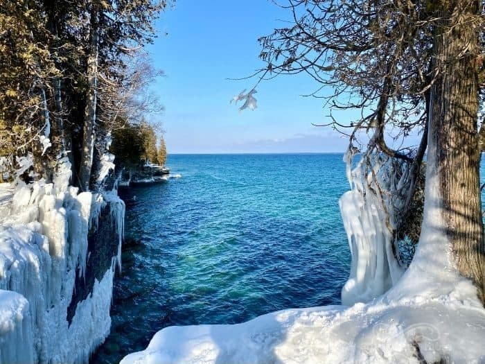 Cave Point County Park in the winter