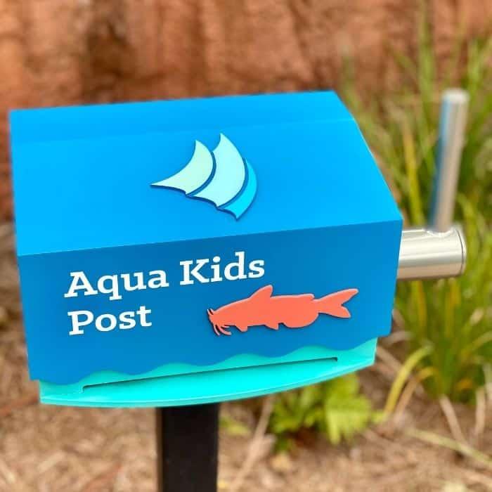 Aqua Kids Post