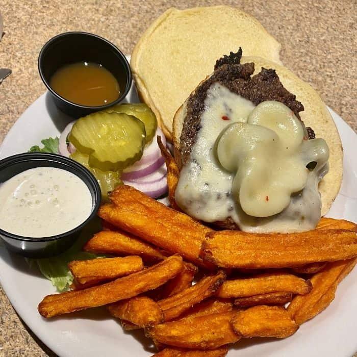 burger at Thunderbird Restaurant in Utah
