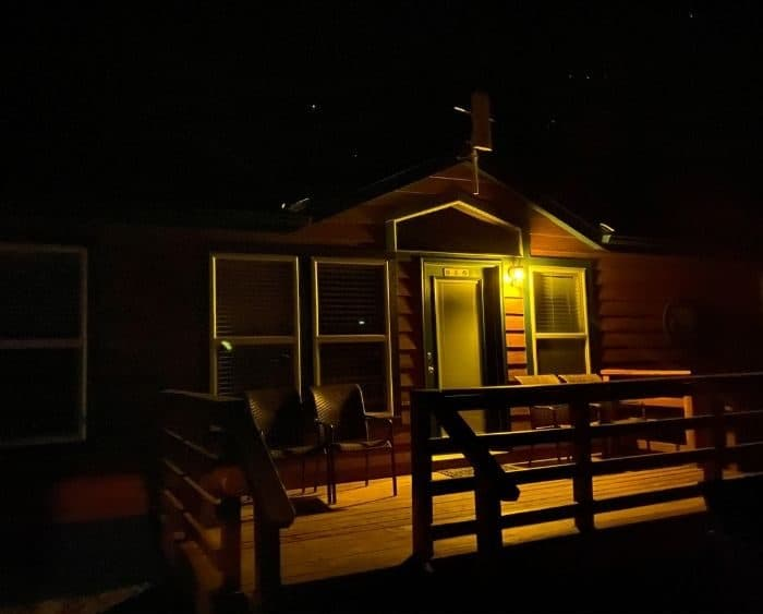 deluxe cabin at night at Cannonville Bryce Canyon KOA