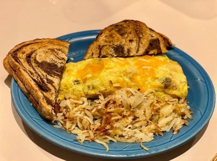 omelet at Rustlers Restaurant