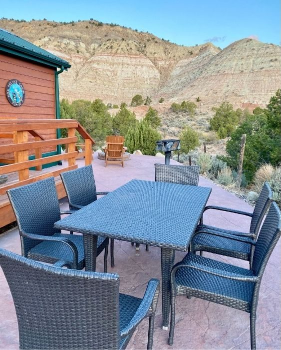 patio dining at the deluxe KOA cabin