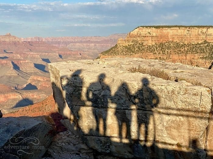 shadow of Adventure mom and family at the Grand Canyon