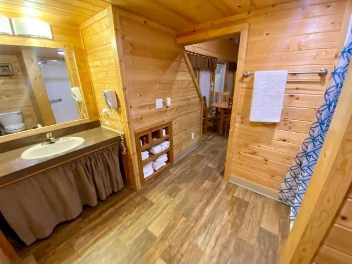 Full Bath with Shower Inside the Deluxe Cabin at the Flagstaff KOA Holiday