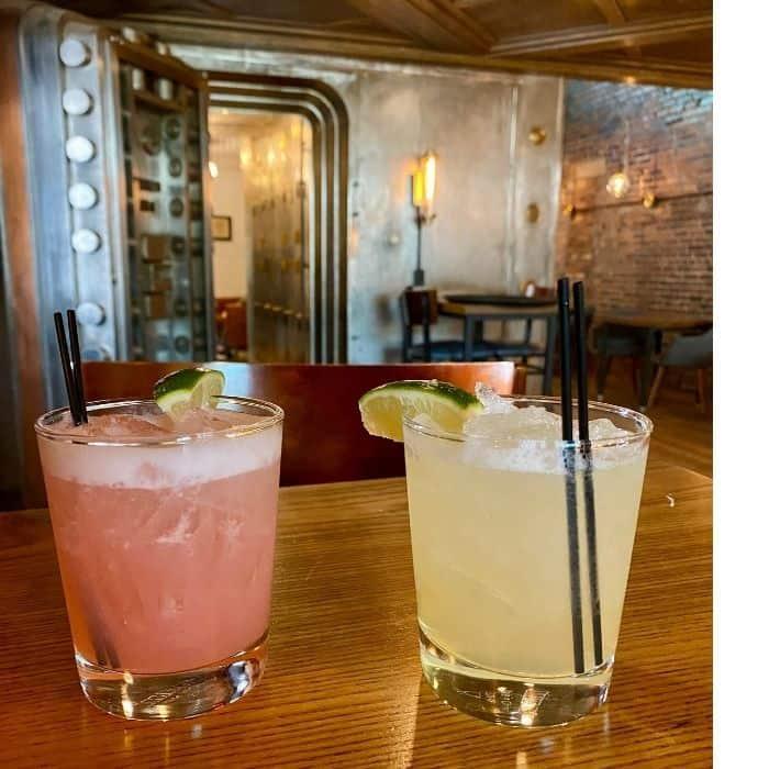 cocktails at  Heist + Co. Harrison Ohio