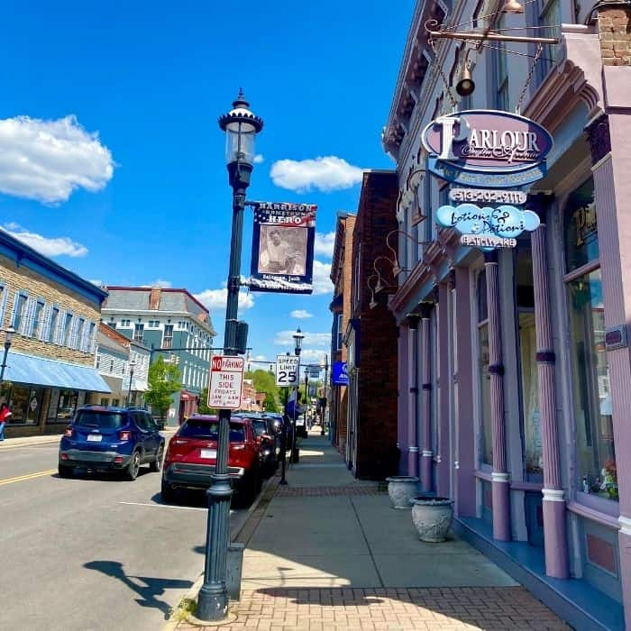 shops in downtown Harrison Ohio