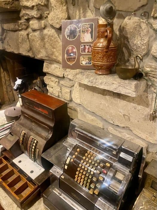 antiques at Vinoklet Winery in Ohio