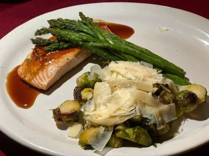 bourbon-grilled-salmon