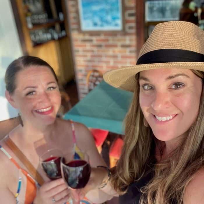 friends at Vinoklet winery
