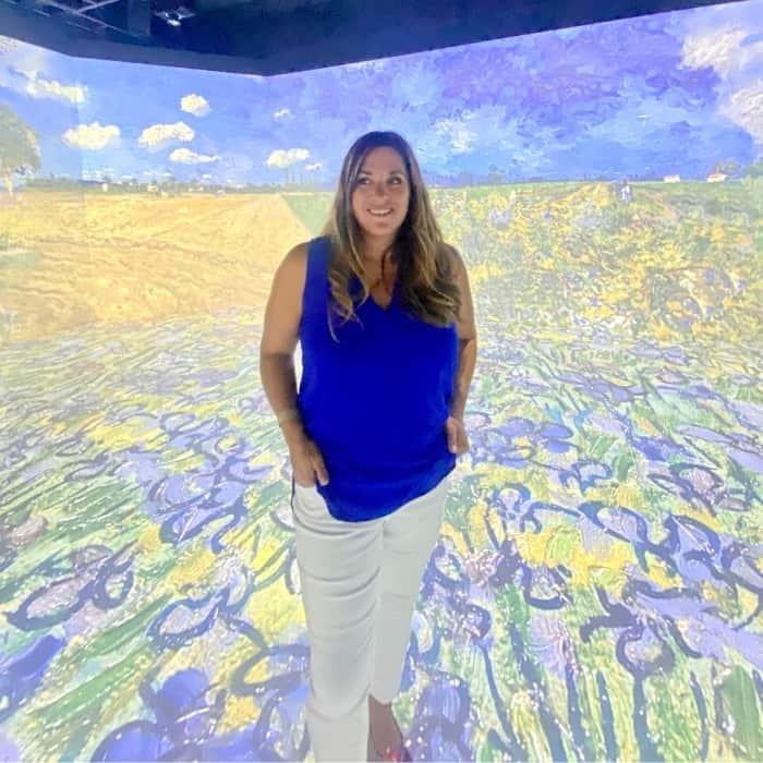 Adventure Mom Nedra McDaniel at THE LUME Indianapolis Van Gogh Experience