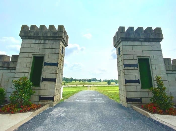 Gates to The Kentucky Castle