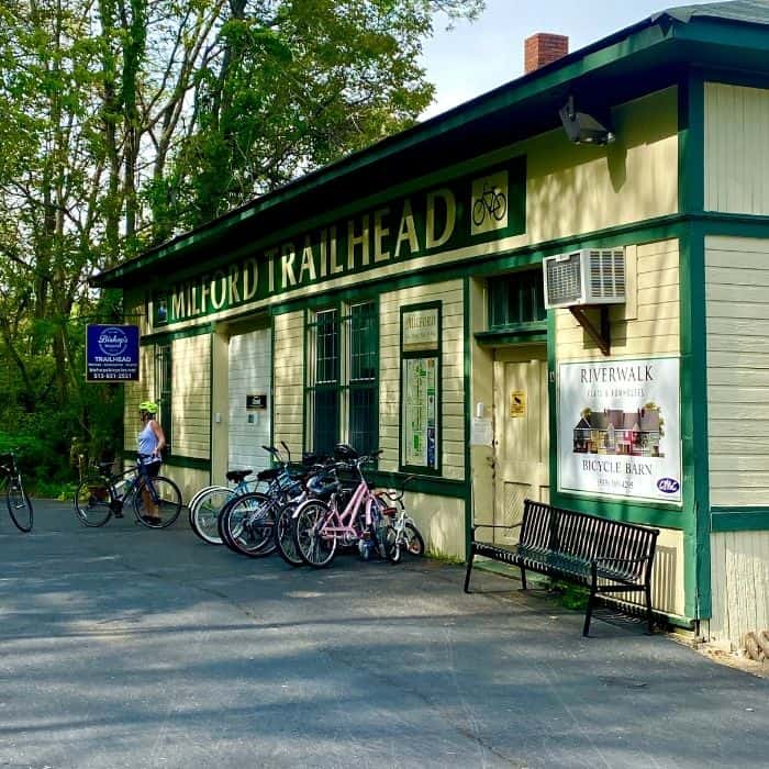 Milford-Trailhead