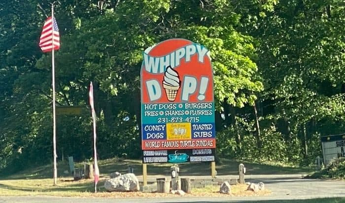 Silver Lake Whippy Dip sign