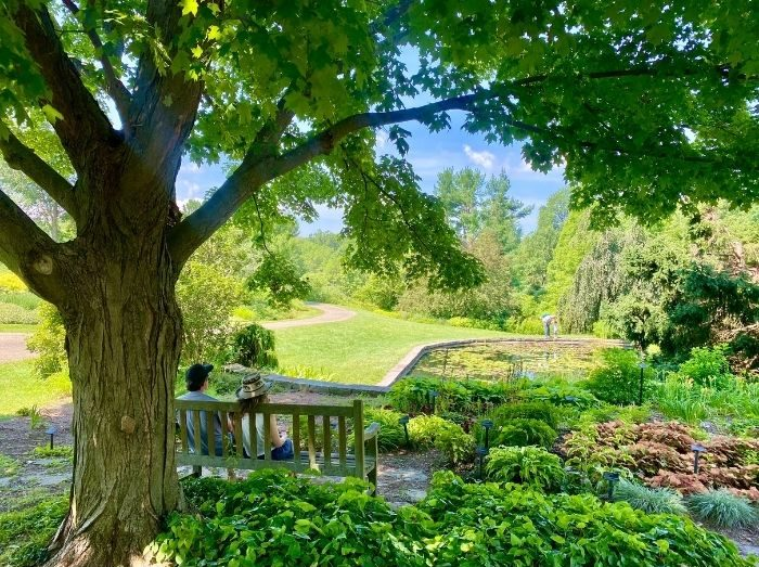 couple on bench Holden Arboretum
