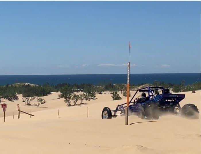 dune buggy at Silver-lake-sand-dune