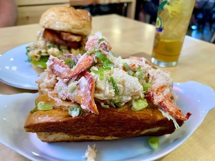 lobter-roll-the-governor-Milford