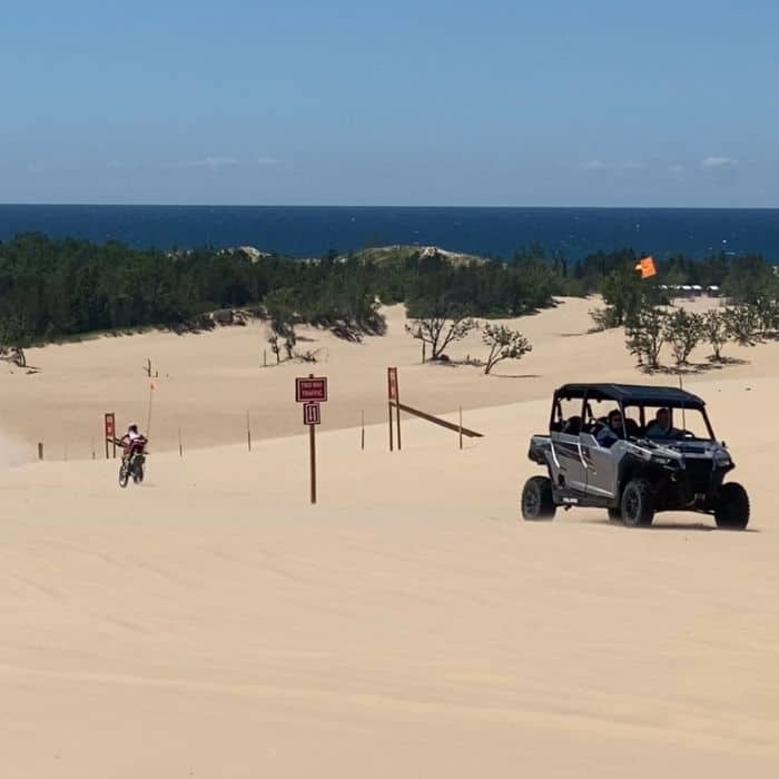 off-road-vehicles-on -silver-lake-sand-dunes