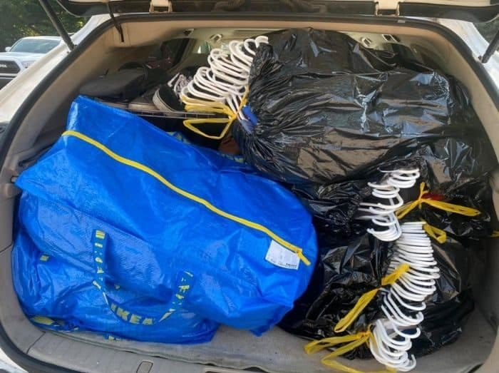 car packed for college move in day