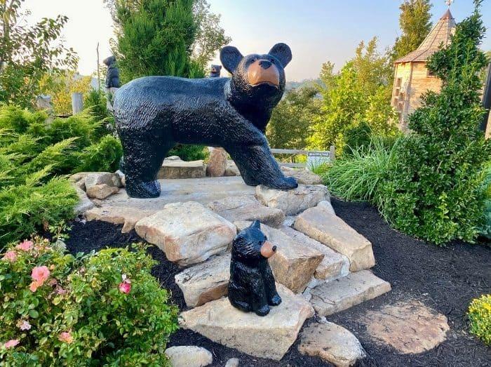 bear sculptures on Vista Garden Walk