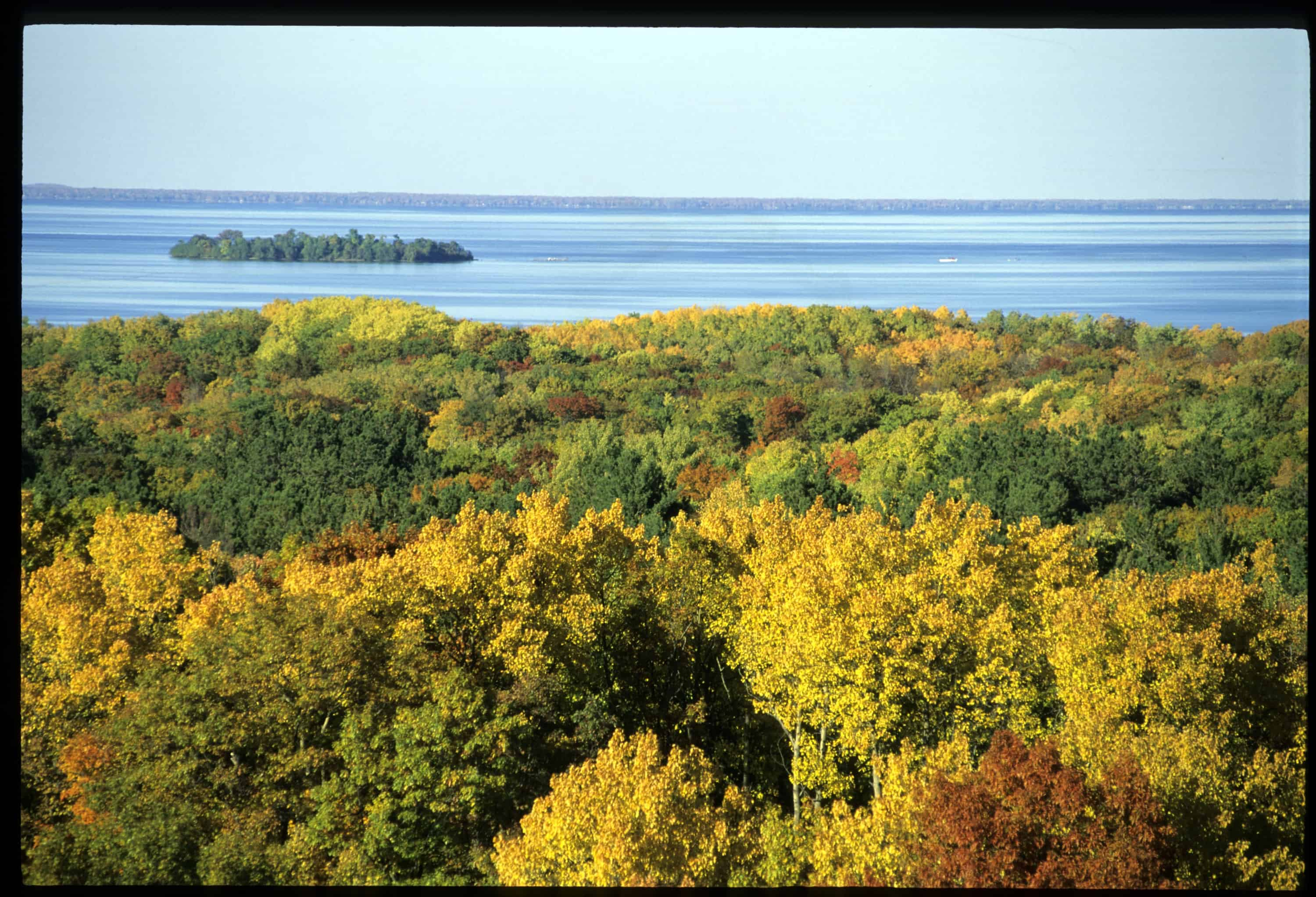 Scenic Fall Color Drives Lake Superior Autos Post